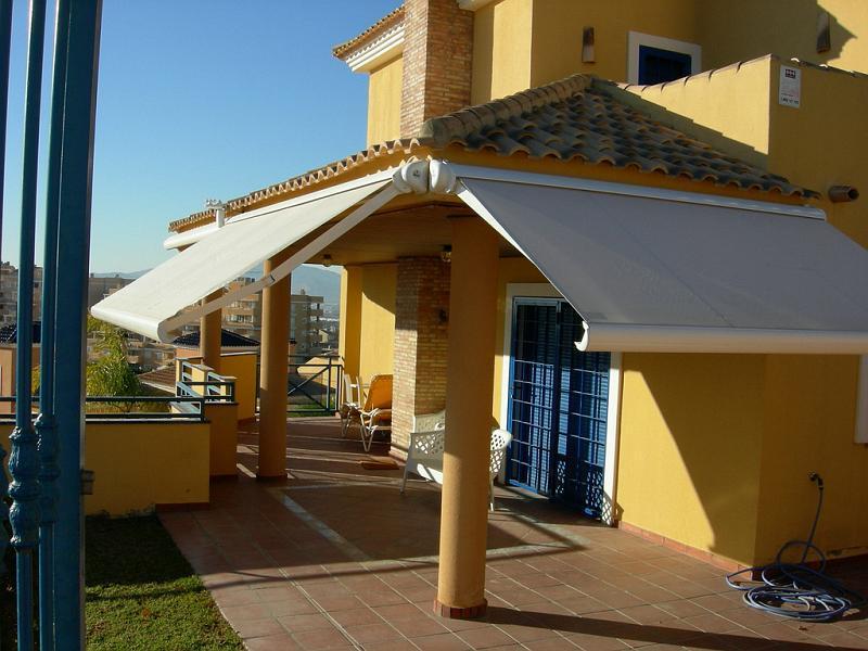Toldos para patios for Ver toldos para patios