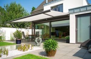 Toldo cofre extensible - Cubrir terraza barato ...