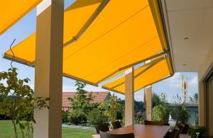 Toldo-Extensible-Jardin-vivienda-web