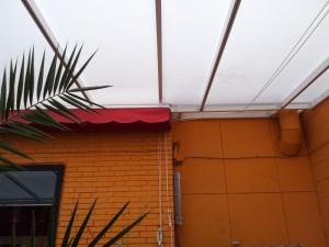 techo-policarbonato-toldoscibeles-02